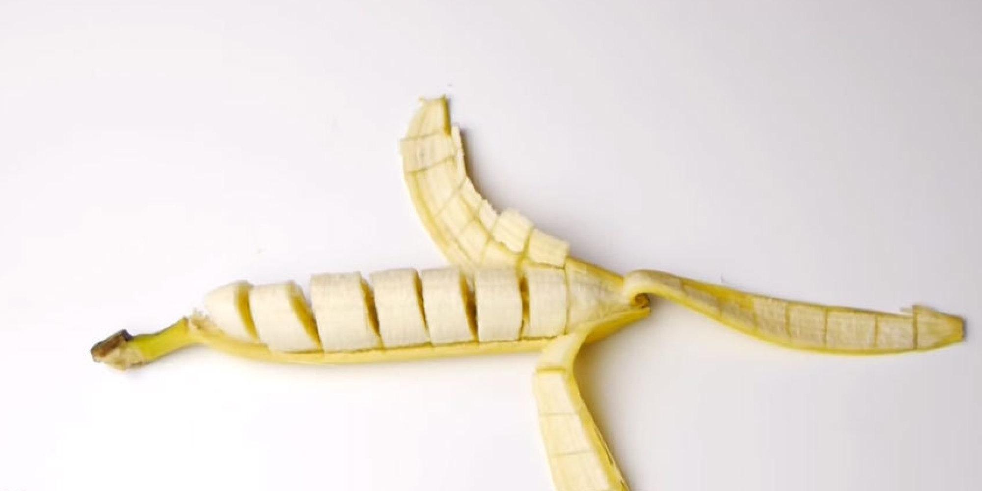 Cómo rebanar una banana sin cortar la cáscara | HuffPost