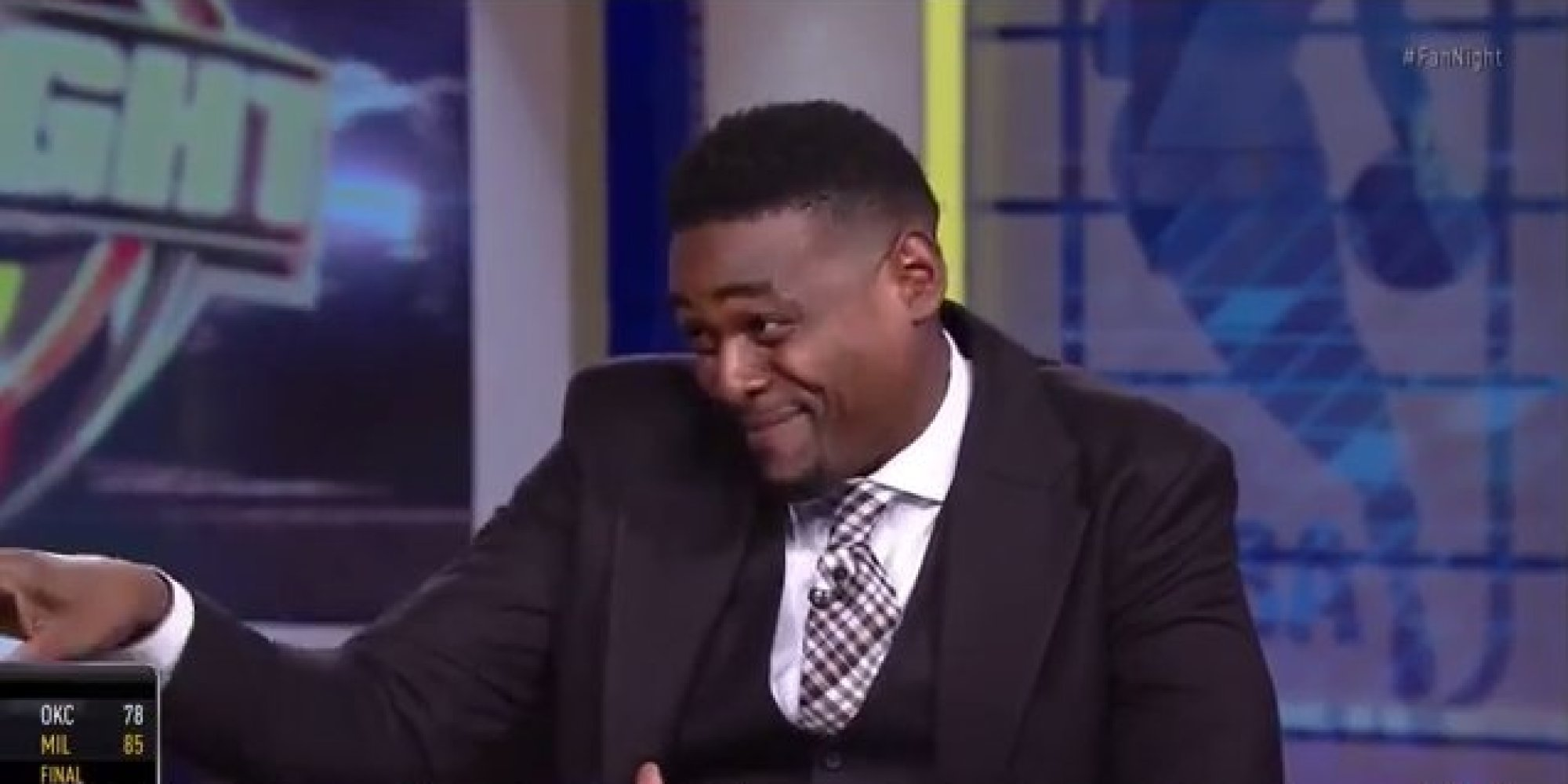 Chris Webber Does A Very Accurate Avery Johnson Impression ...  Chris