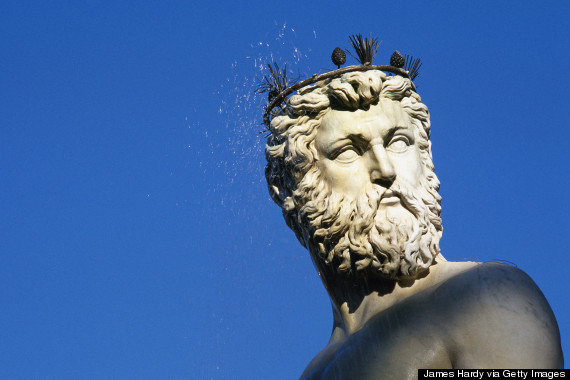 How did ancient greek government influence the people?