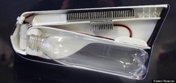 Estudante cria garrafa que condensa umidade do ar em água