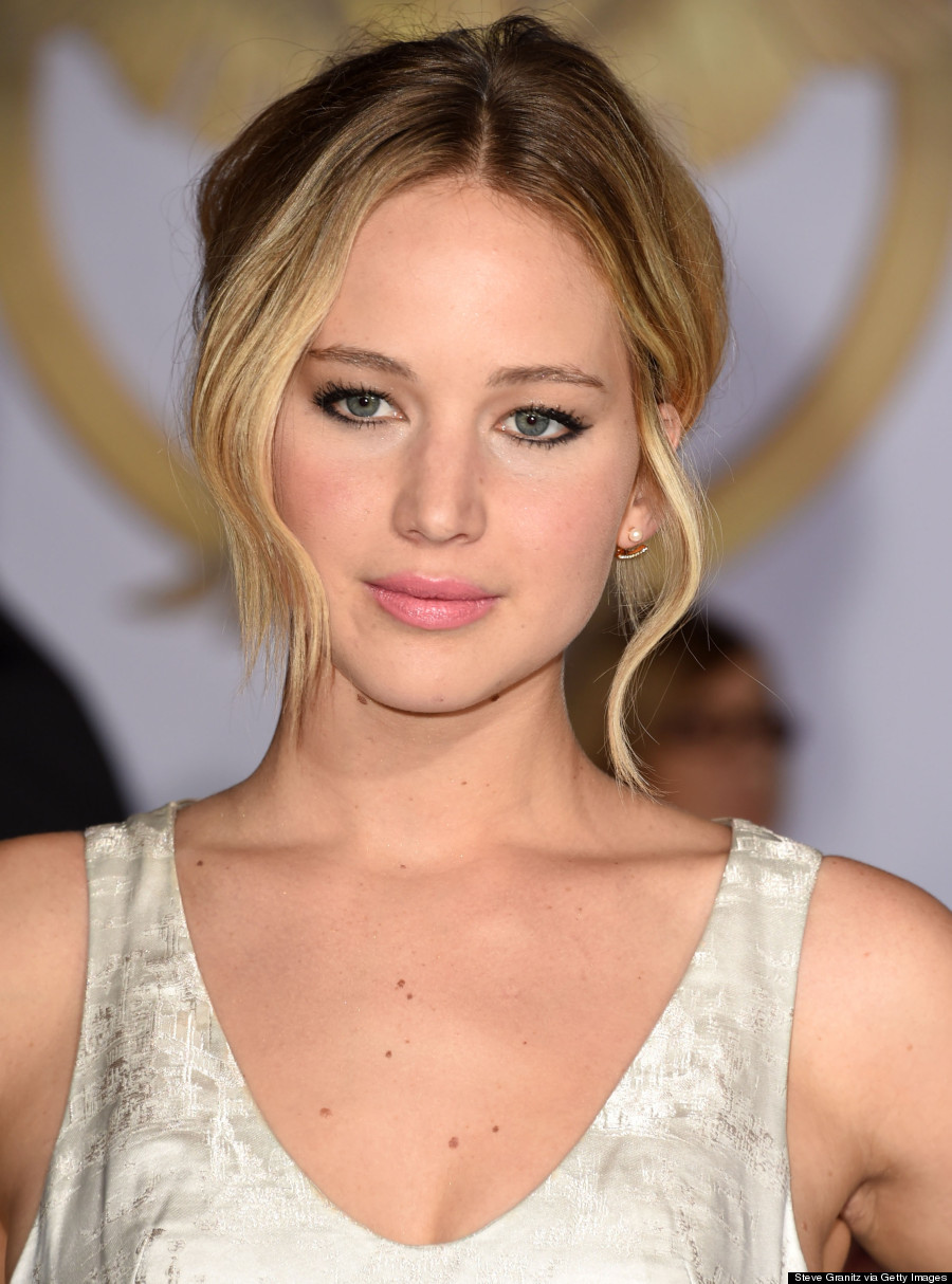 Jennifer Lawrence Channels Marie Antoinette In Dramatic