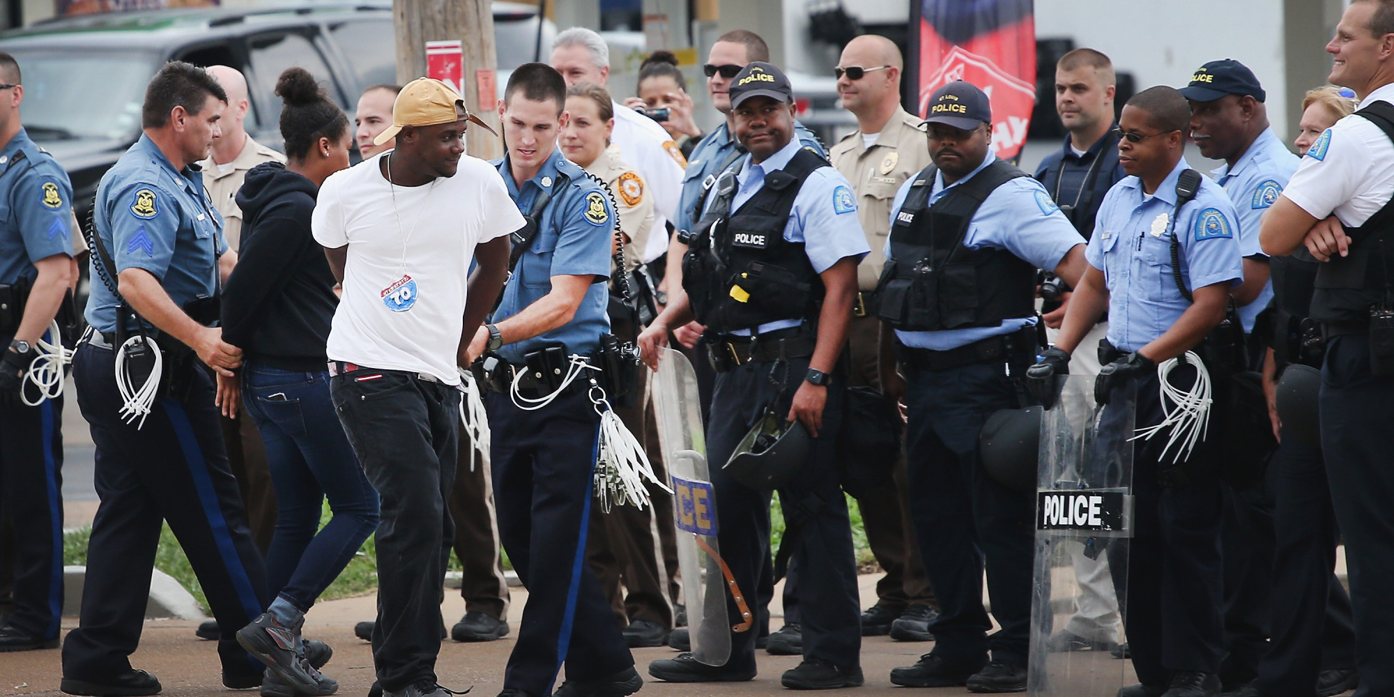 Police Arrest Protesters As St Louis Awaits Grand Jury