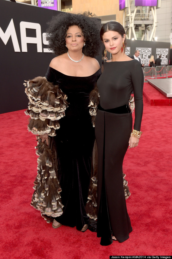 Selena Gomez Looks Regal In Backless Black Dress At The AMAs ...