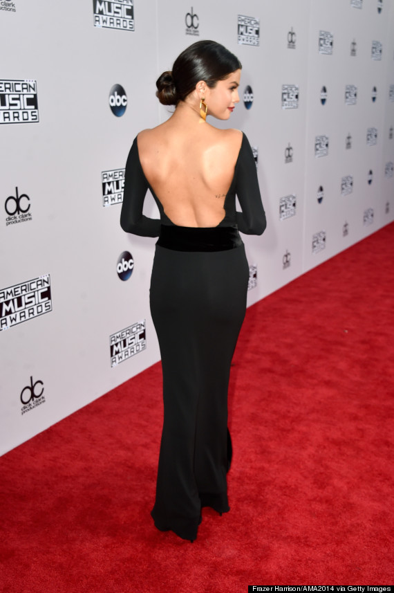 Selena Gomez Looks Regal In Backless Black Dress At The AMAs | HuffPost