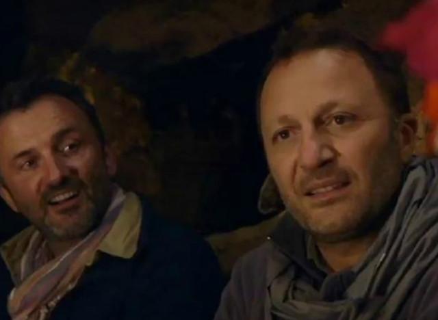 Rendez vous en terre inconnue arthur chez les indiens quechuas sur fond d 39 exil fiscal - Arthur motorkap rendez vous ...