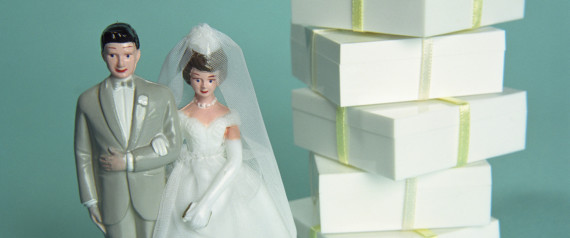 When To Send Wedding Gift: The One Time You Really Don't Need To Send A Wedding Gift
