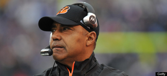 MARVIN LEWIS STAYING BENGALS