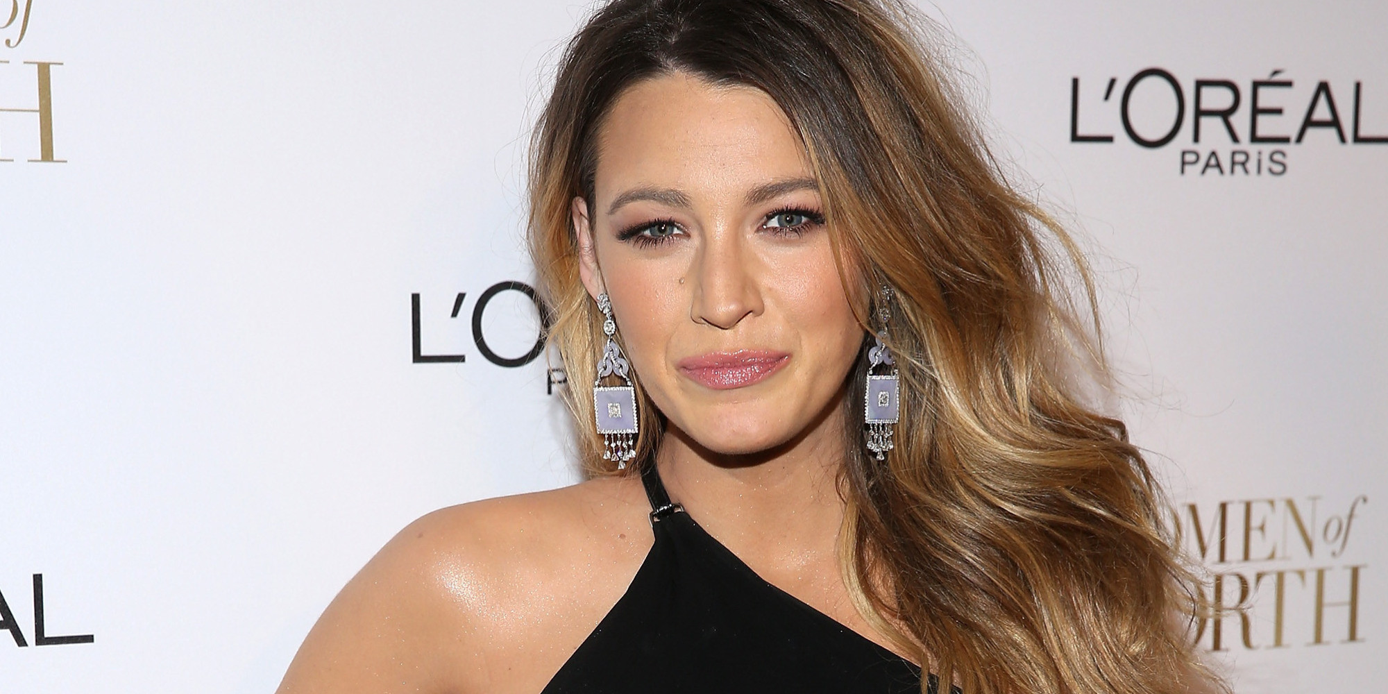 Pregnant Blake Lively Stuns In A Backless Black Dress | The Huffington ... Blake Lively