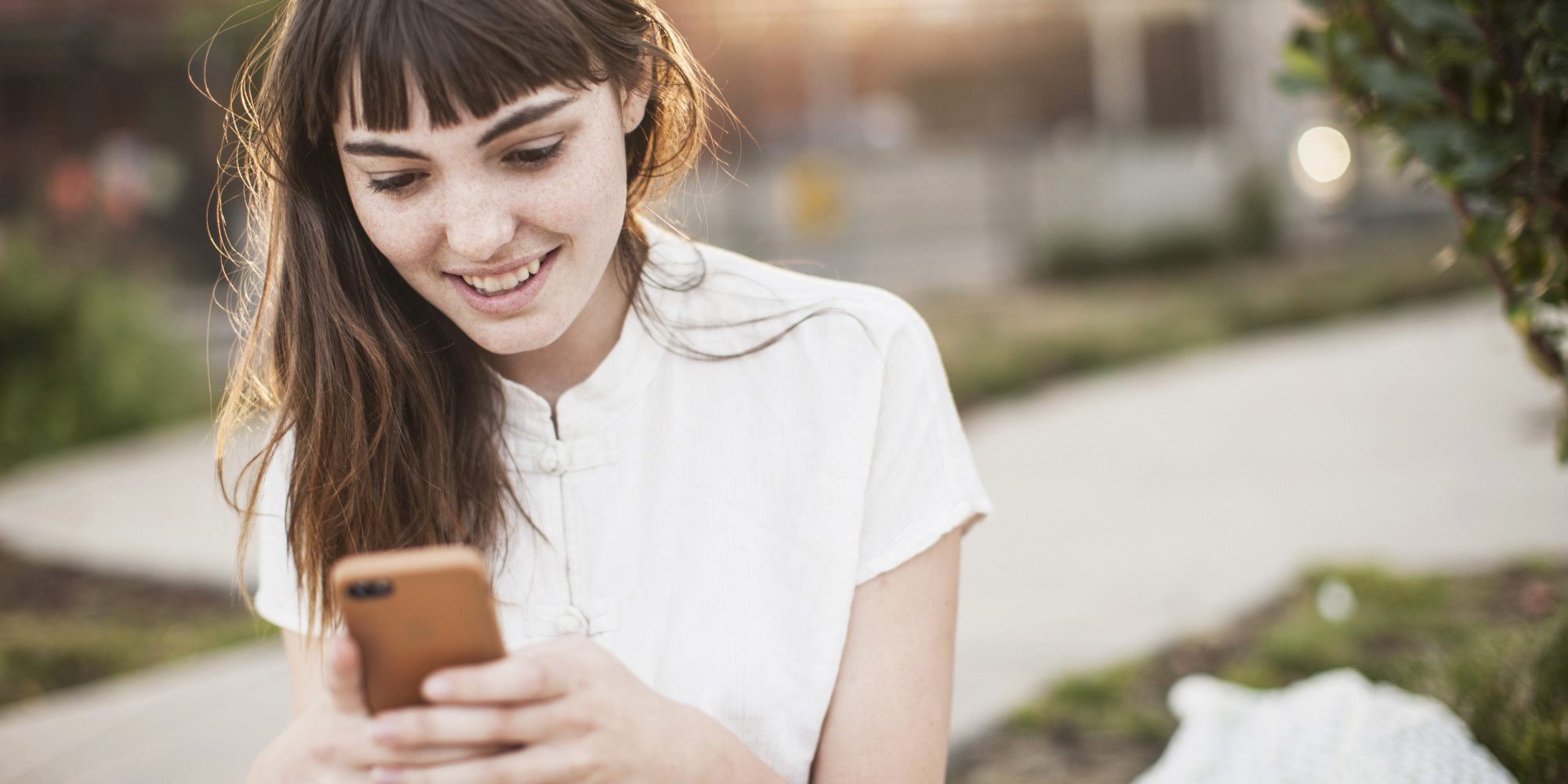 francesca hogi texting while dating rules simplify your love life