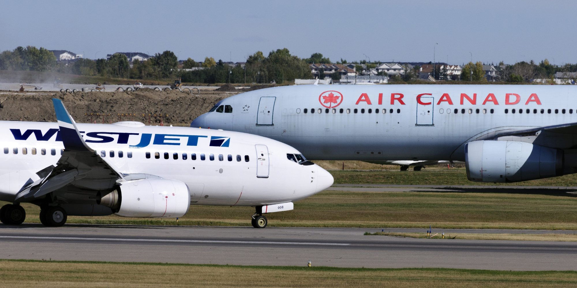 air canada vs west jet Westjet's plan to crush air canada on march 31, westjet announced a  promotion that tapped into the uncertainty many struggling consumers.