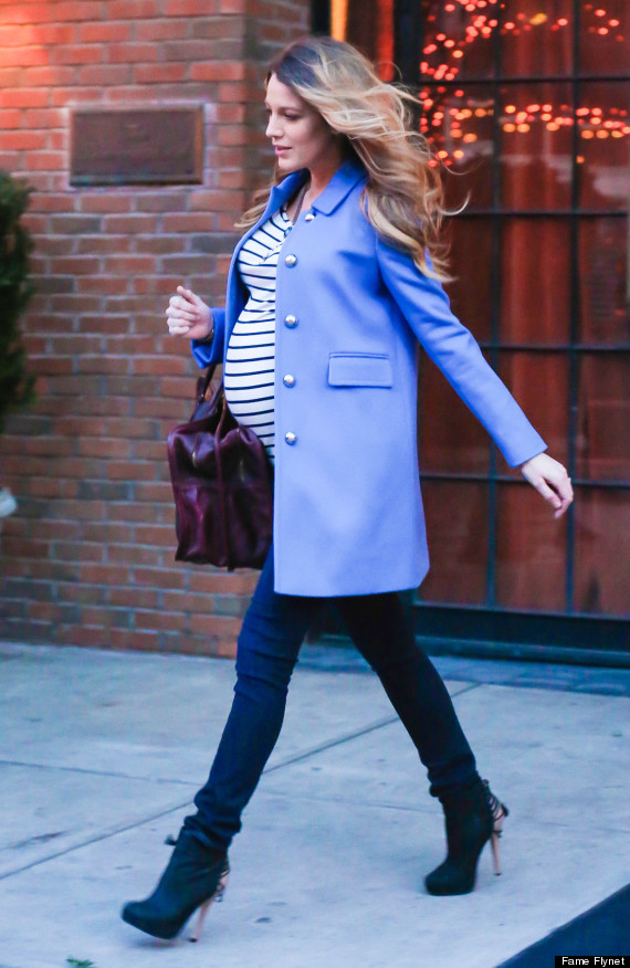 Pregnant Blake Lively Looks Effortlessly Chic In NYC ...