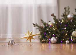 11 Holiday Traditions That Won't Be Happening At My House