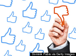Social Media Manners: Responding to Online Customer Complaints