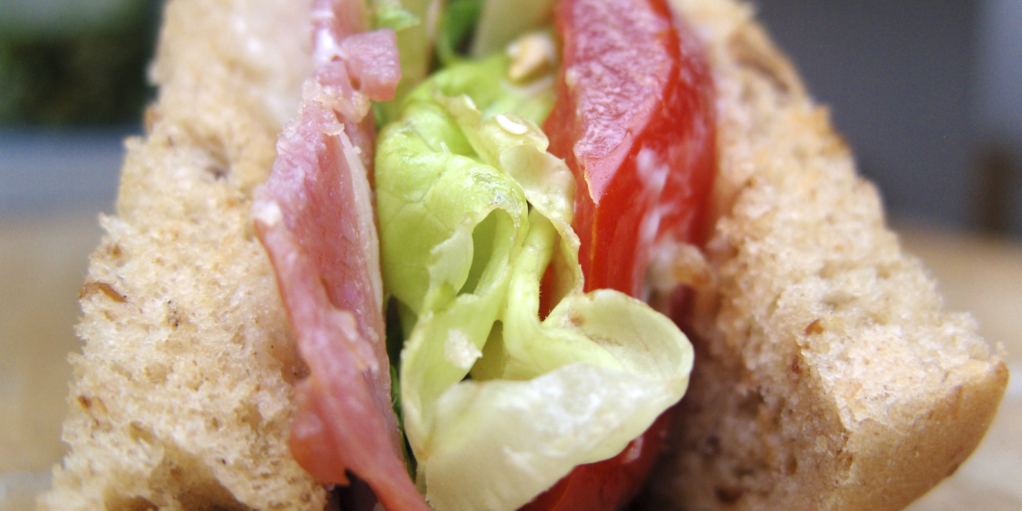 BACON-LETTUCE-AND-TOMATO-SANDWICH-facebook.jpg