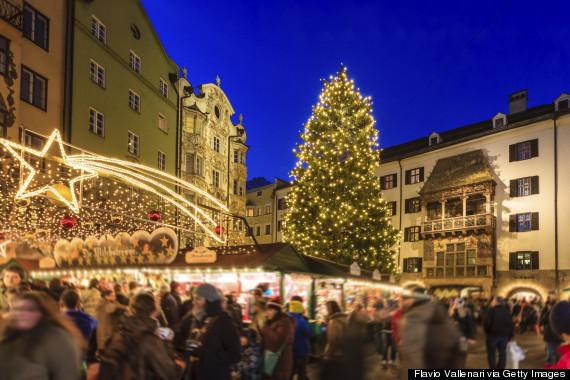 http://i.huffpost.com/gen/2369822/thumbs/o-INNSBRUCK-AUSTRIA-CHRISTMAS-570.jpg?1