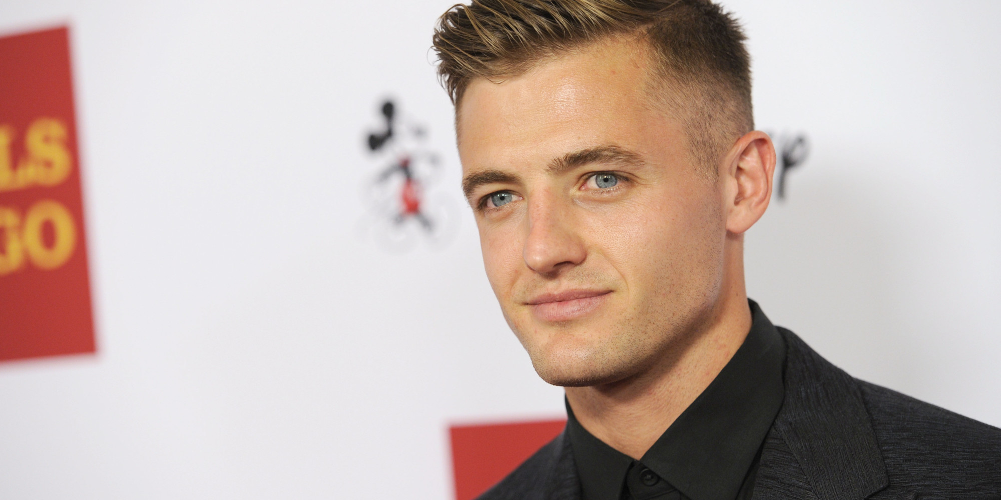 robbie rogers recalls the very first person he came out to