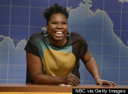 'SNL's Leslie Jones Reveals What Colin Jost Smells Like