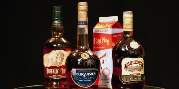 What liquor to put in eggnog