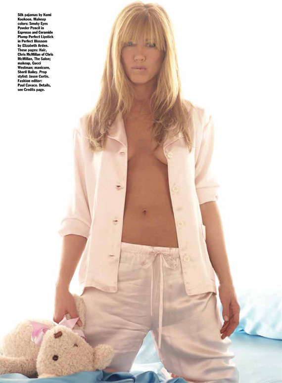 jennifer-aniston-naked-body-naked-gymnasts-gif