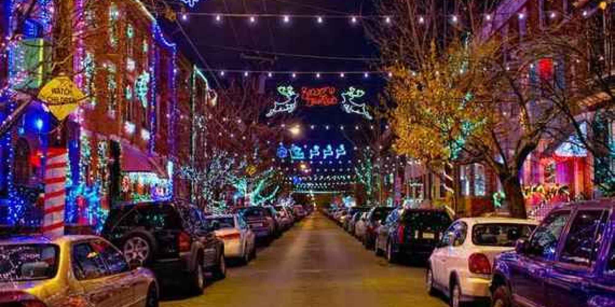 America 39 s best streets for christmas lights thrillist for Best places to visit for christmas in usa