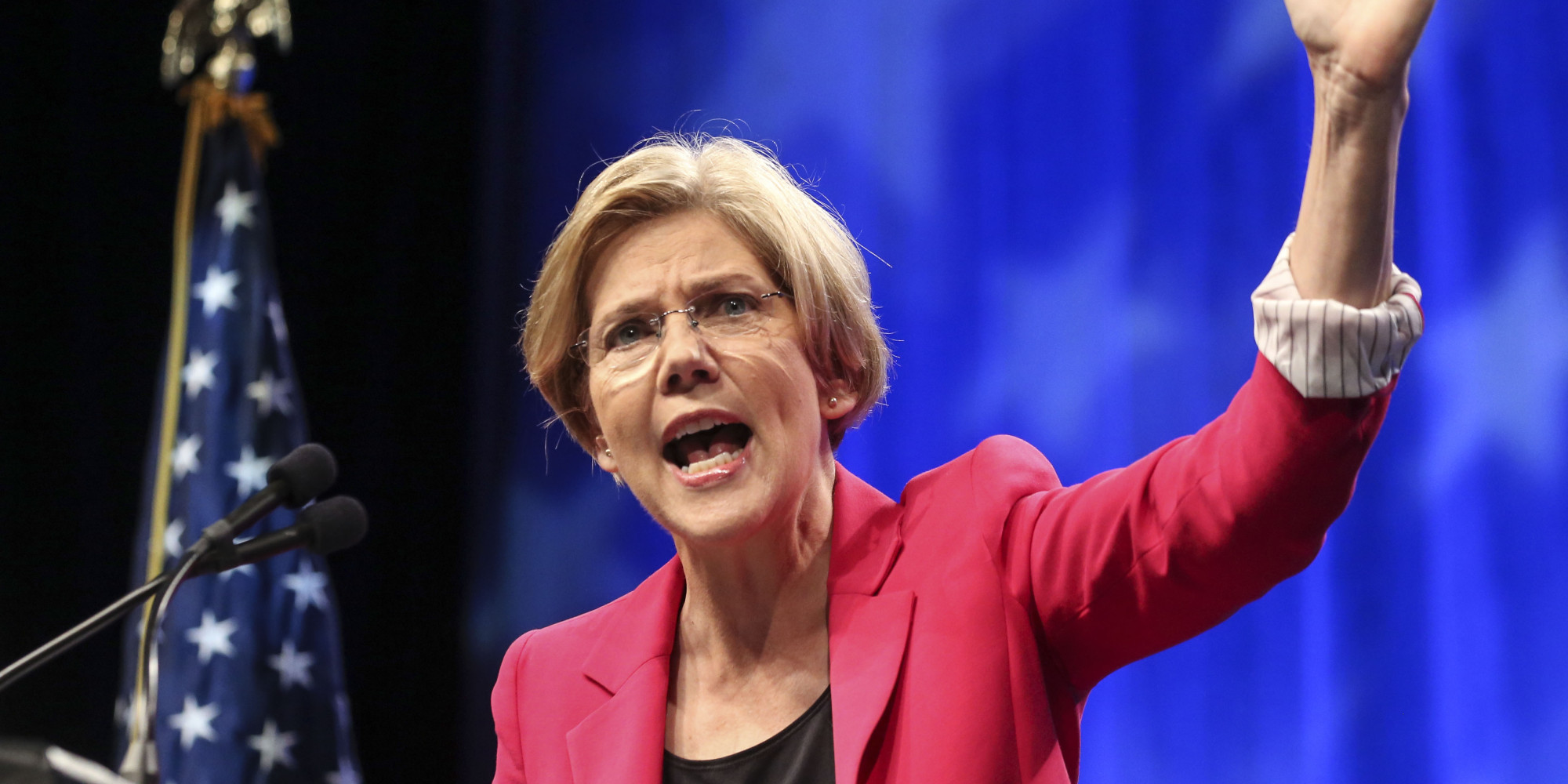 In New Hampshire, Elizabeth Warren Fires Up 'Nasty Women' to Vote for Hillary Clinton (Video)