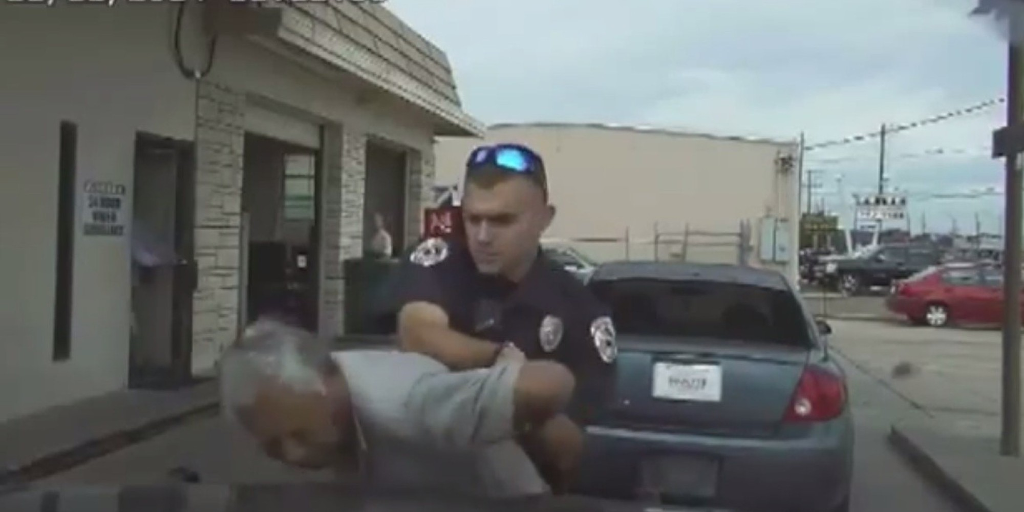 Car sticker inspection - Texas Cop Nathanial Robinson Uses Stun Gun On Elderly Man Over Inspection Sticker Huffpost