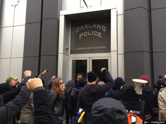 oakland police protest