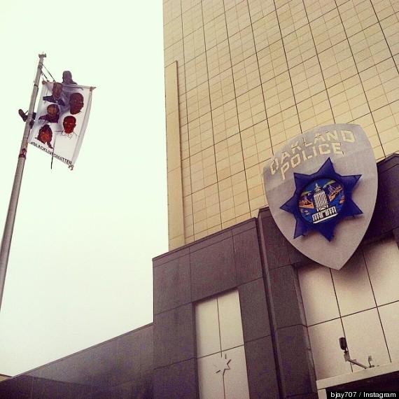 oakland police flag
