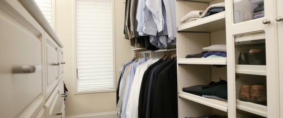 wie sie ihren kleiderschrank perfekt organisieren guido maria kretschmer. Black Bedroom Furniture Sets. Home Design Ideas