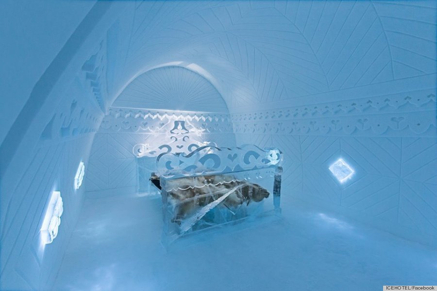 sweden 39 s icehotel is real but it looks like a disney. Black Bedroom Furniture Sets. Home Design Ideas
