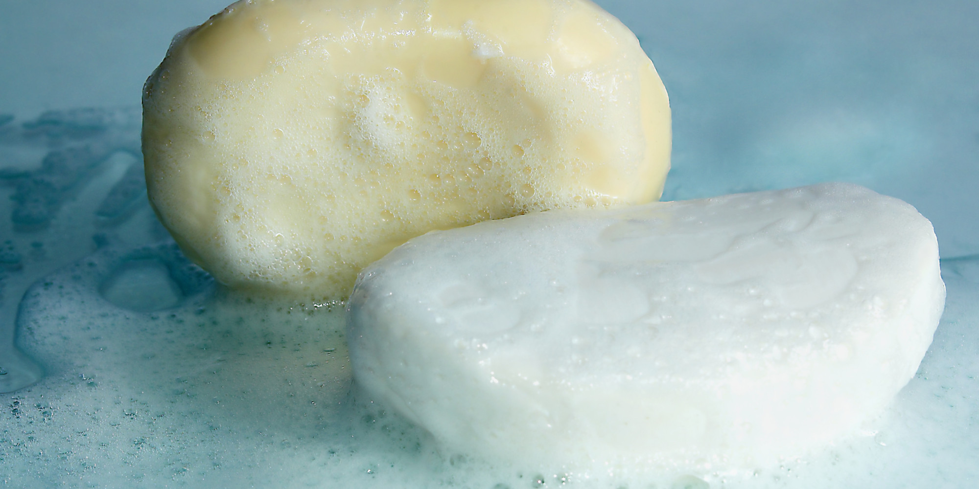 http://www.huffingtonpost.com/2014/12/24/germs-bar-of-soap_n_6349934.html?utm_hp_ref=health-fitness&ir=Health+and+Fitness