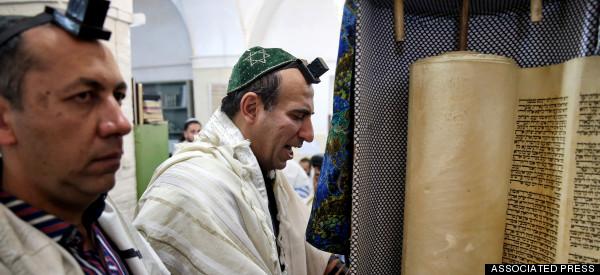 Iran Unveils Memorial Honoring Fallen Jewish Heroes