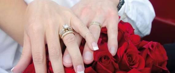 WEDDING YOUNG HANDS
