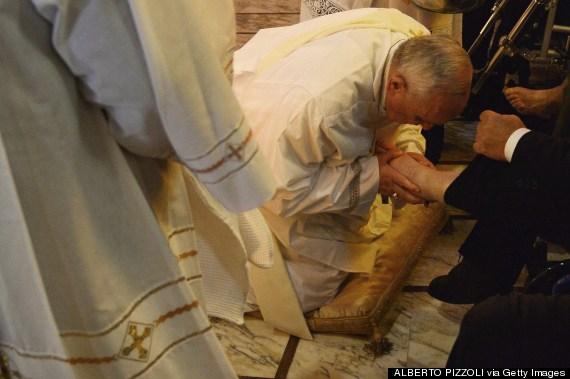 pope francis feet