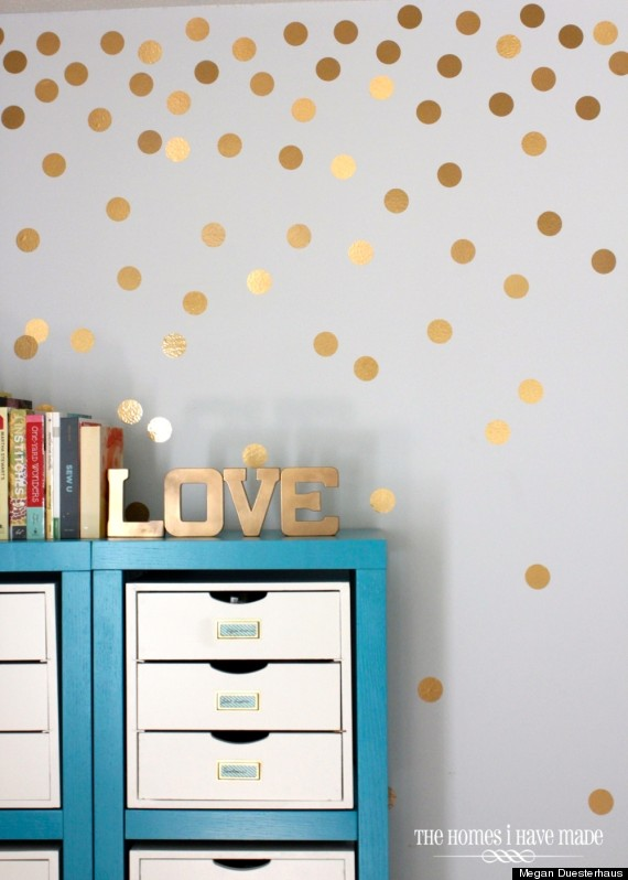 gold dot wall