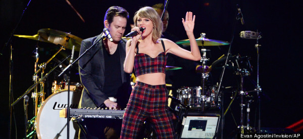 13 Incredible Things Taylor Swift Did In 2014