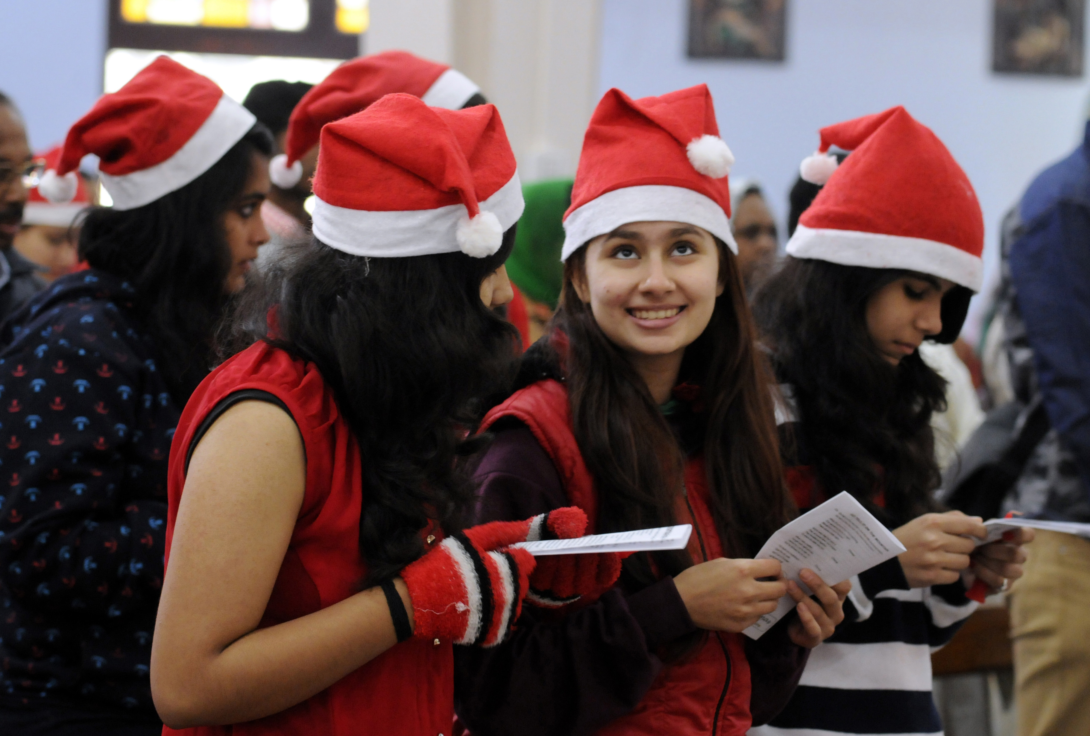 Christmas Celebrations In India Take Place Across Religions