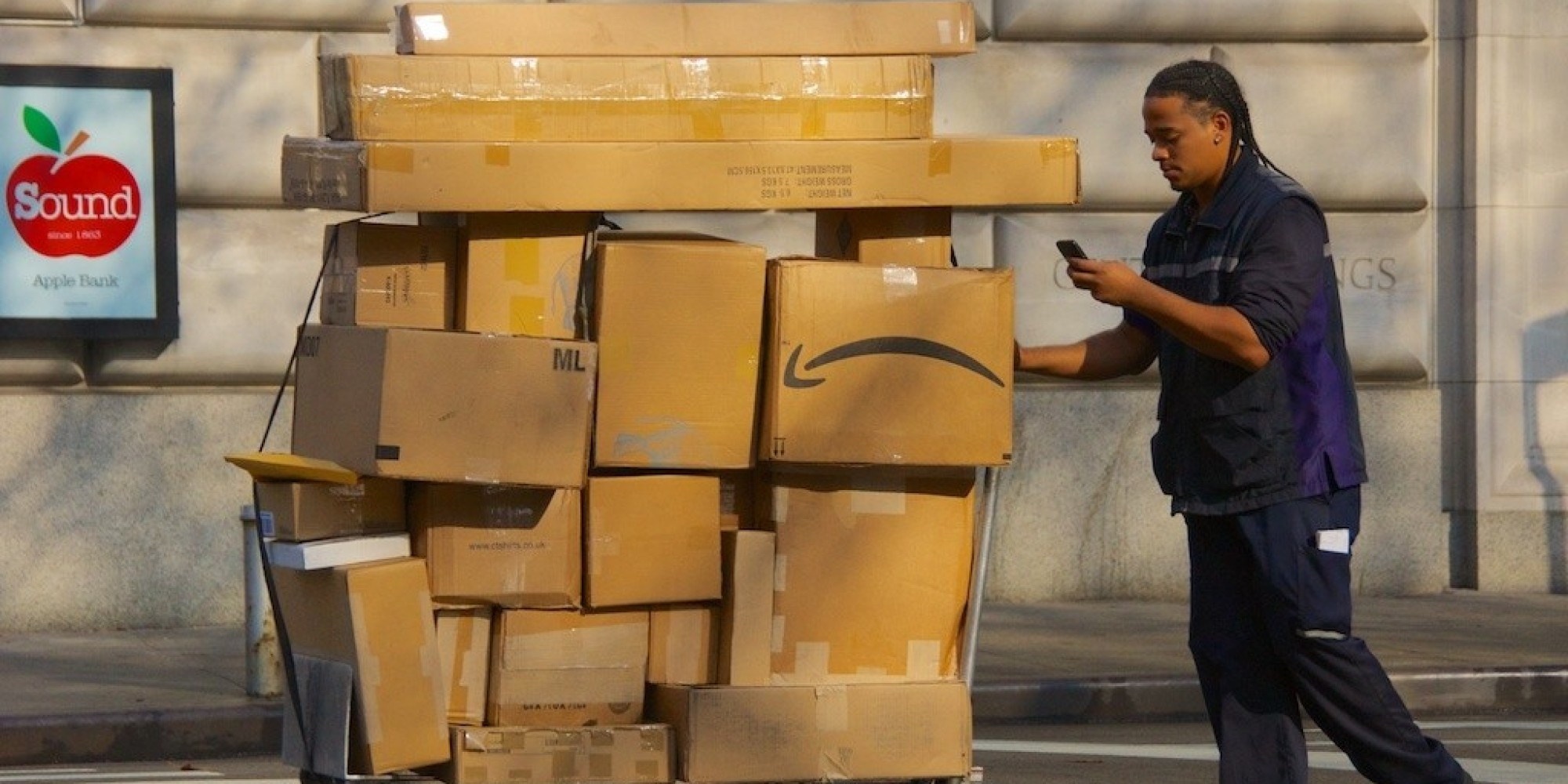 Amazon S Enormous Same Day Delivery Growth Comes At A Price