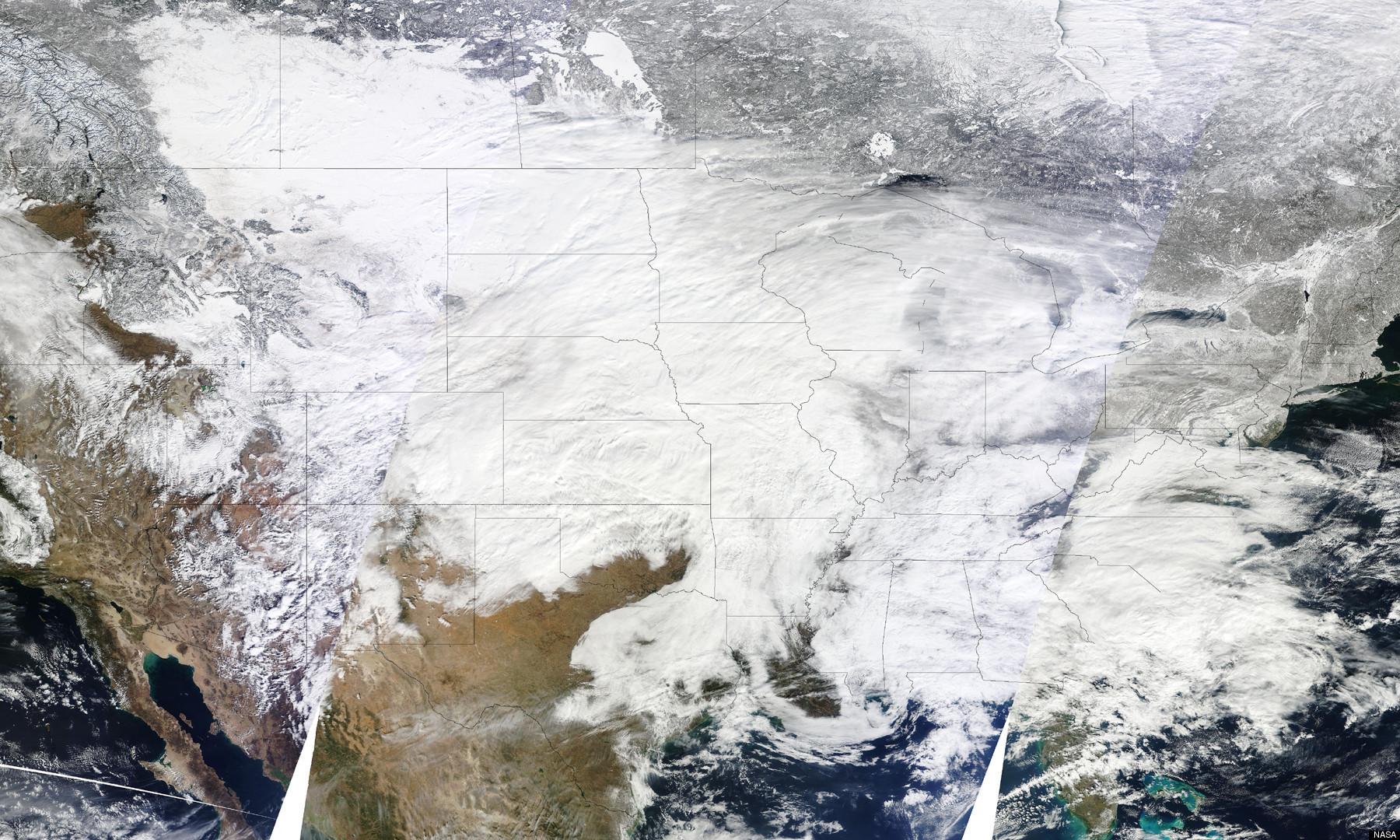 صور للثلج مرة روعة MIDWEST-SNOWSTORM