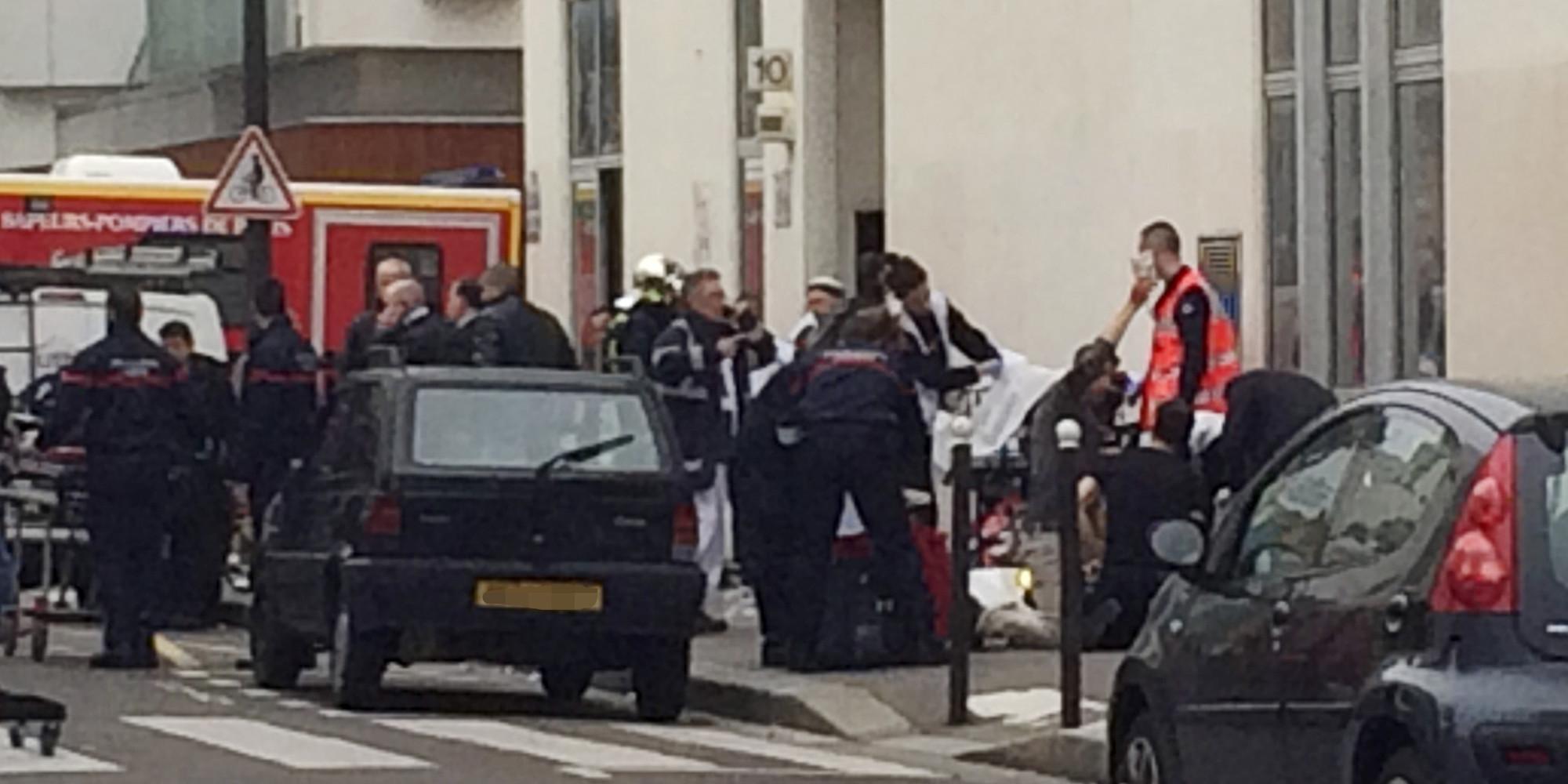 Attentat Facebook: Attentat à Charlie Hebdo: Le Bilan Le Plus Lourd Depuis