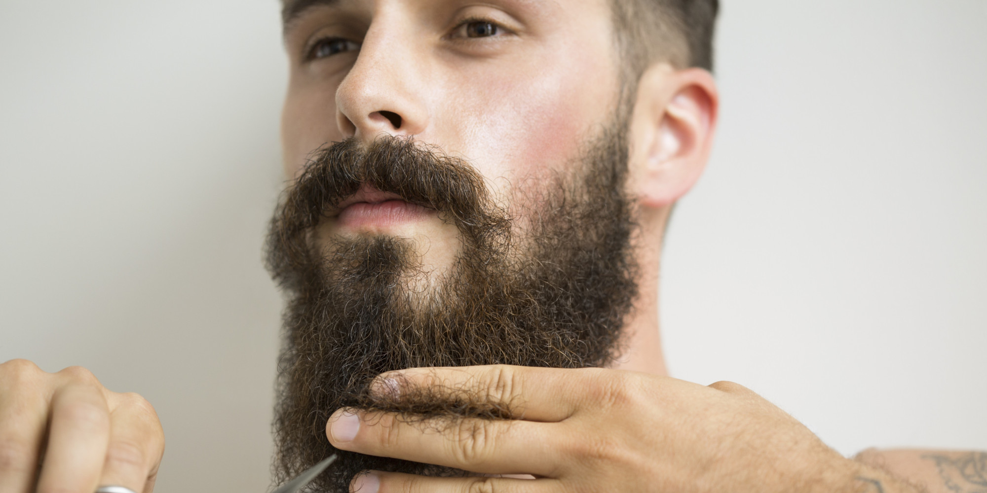 http://www.huffingtonpost.com/2015/01/08/lumbersexuality-masculinity_n_6430466.html?utm_hp_ref=style&ir=Style