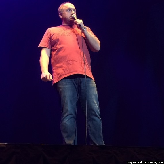 Louis C K Dons Homemade Charlie Hebdo Tribute For Madison Square Garden Show 24flix News