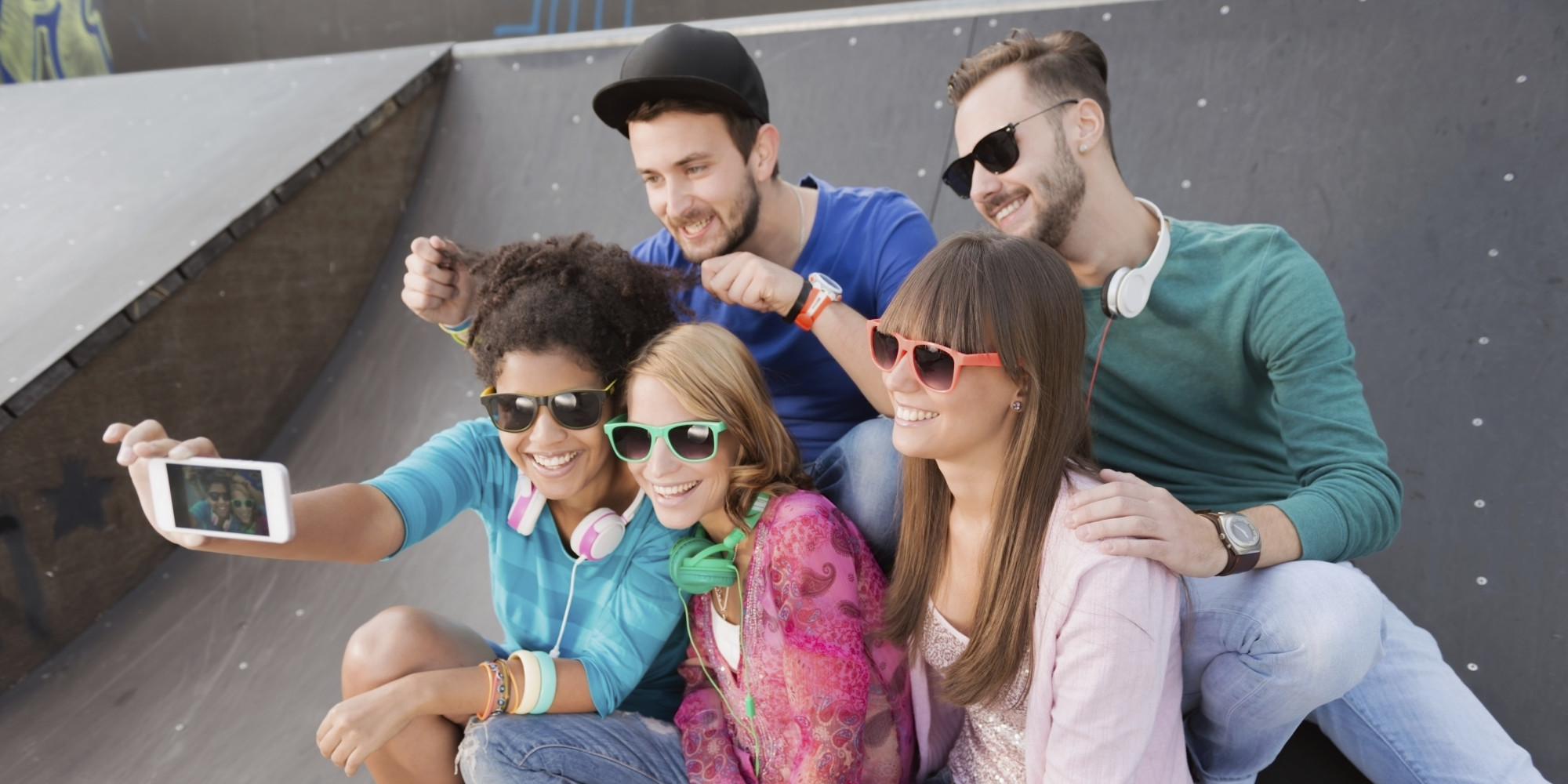 millennials dating habits Why i decided to date twenty-somethings  i assumed that i would be dating men my  millennials grew up with the highest number of working moms in their.