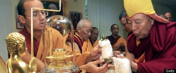 BUDDHAS BONES
