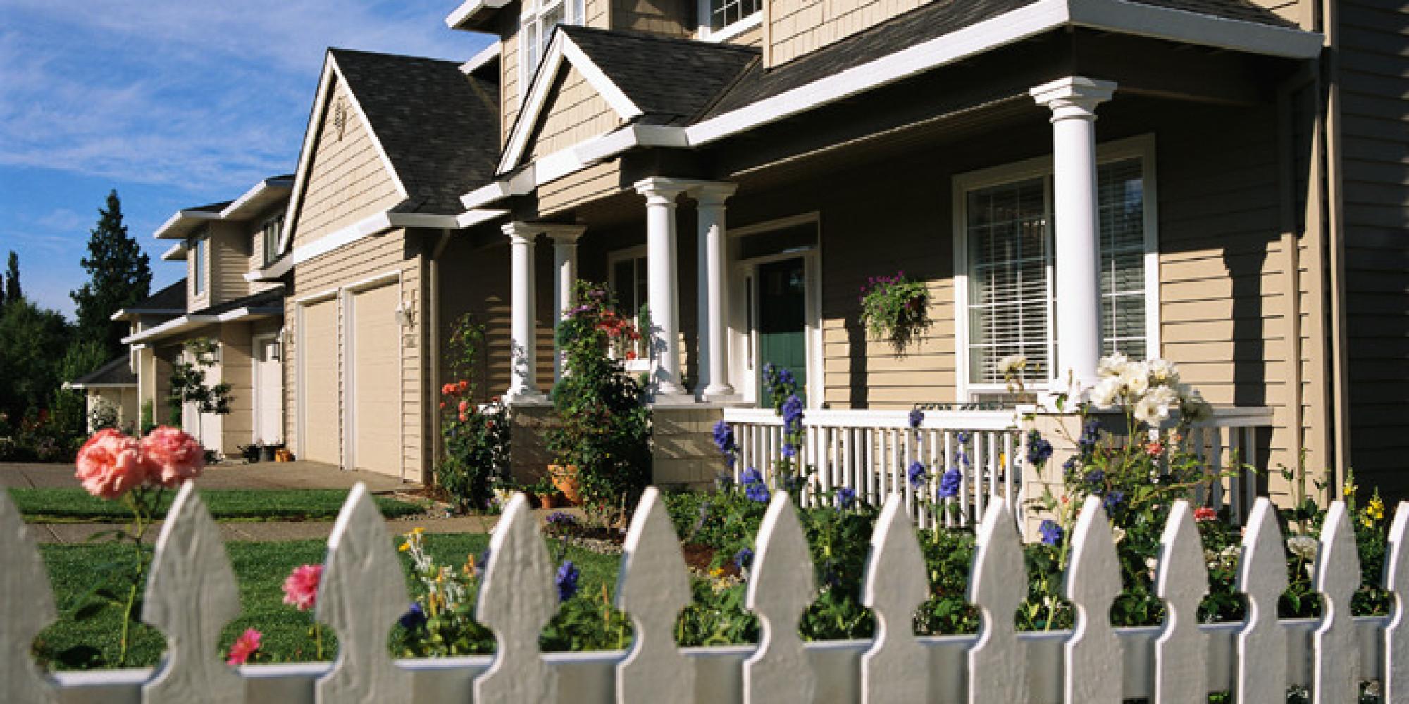 la chute du prix du p trole aura un impact sur l 39 immobilier au canada. Black Bedroom Furniture Sets. Home Design Ideas