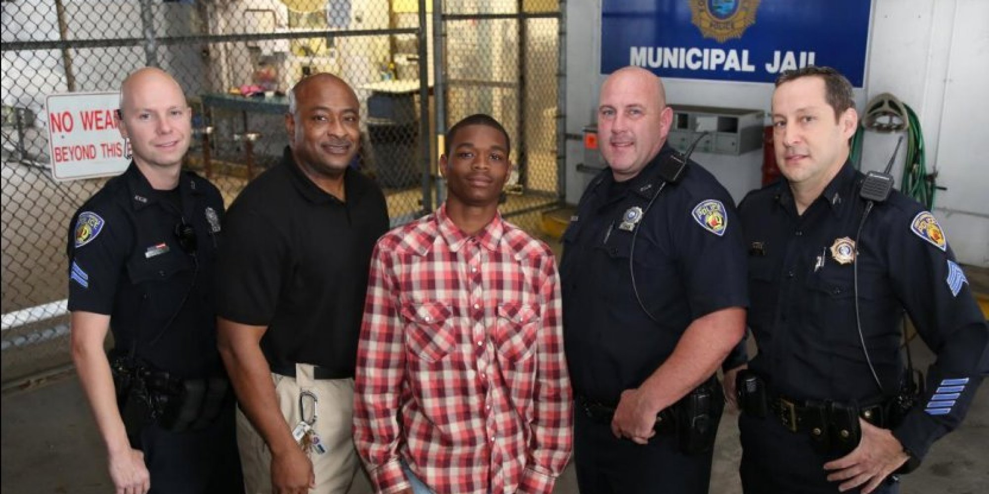 Arrested Teen Saves Life Police ficer Booking Him