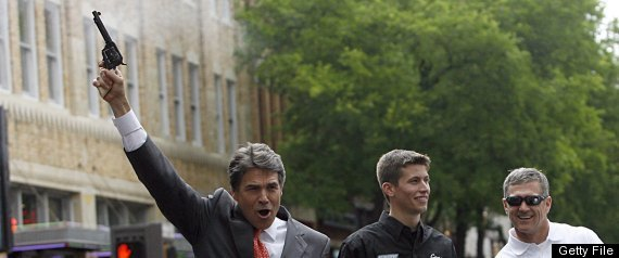 RICK PERRY TEXAS GUNS CAMPUS