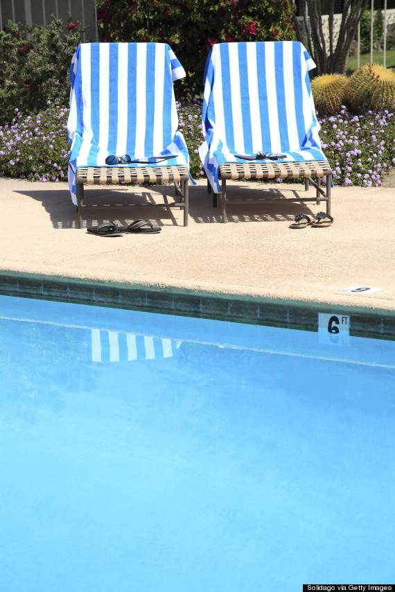 towels sunbeds pool
