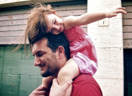 7 Damn Good Reasons To Date A Single Dad