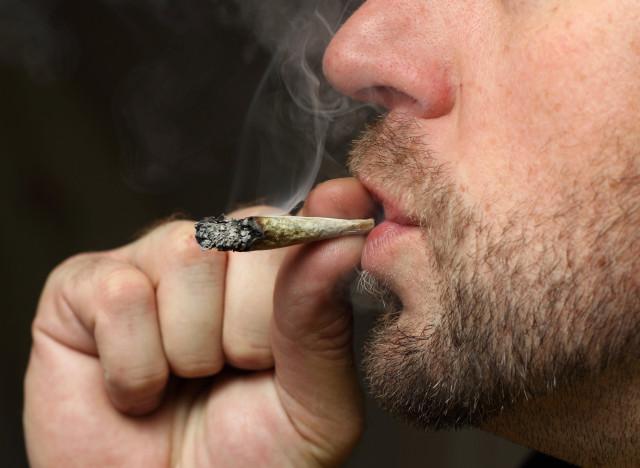 Cesser de fumer à la jeune fille le forum